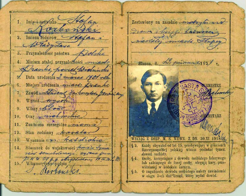 Temporary ID document held by Stefan Korboński, issued by the Municipality of Słupca on 12 October 1922
